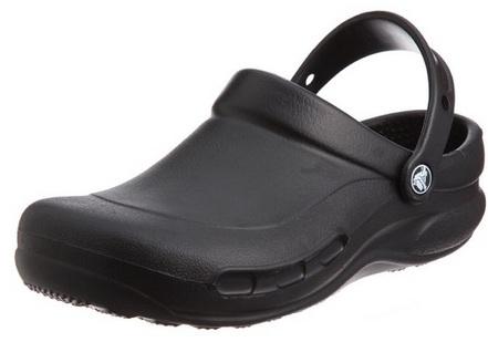 scrub crocs 2